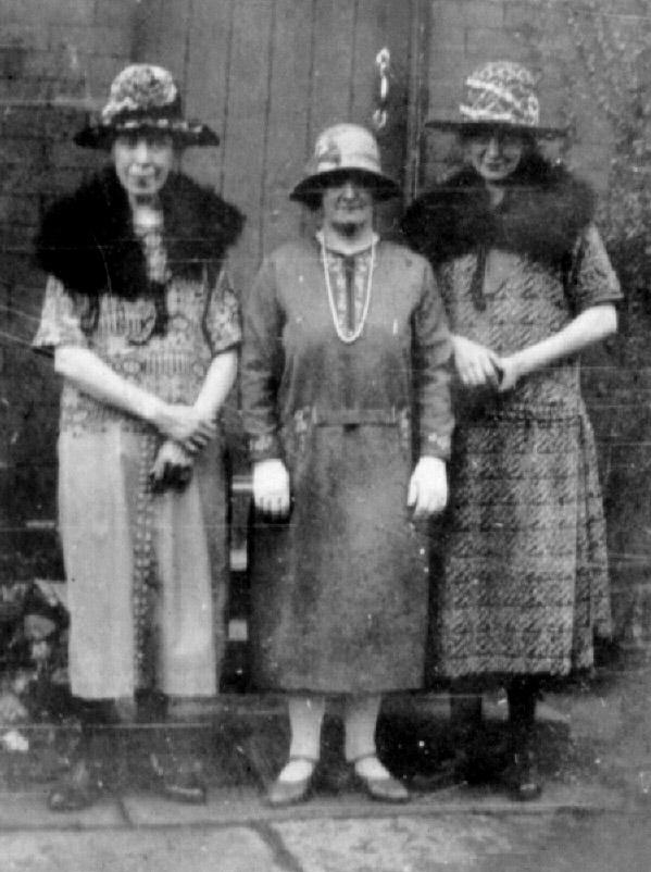 Agnes, Alice & Annie 600