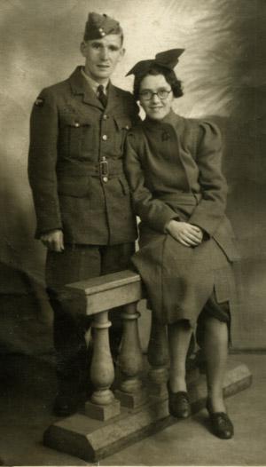 Nana & Gdad c1940 300